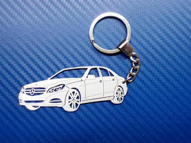nique key chain made in the shape of the Mercedes E350